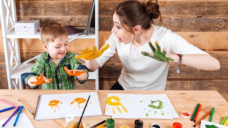 Felnőtteket is szórakoztató beltéri játékok a gyerekeknek