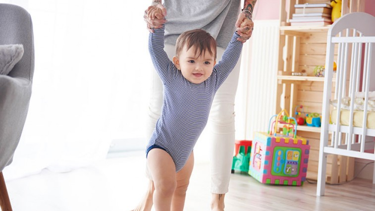 Így alakítsa át otthonát, ha járni tanul a pici!