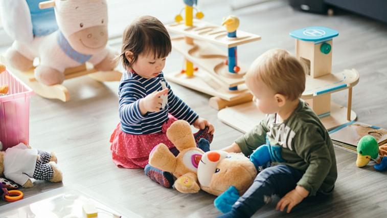 Mozgás- és beszédfejlesztő játékok a legkisebbeknek