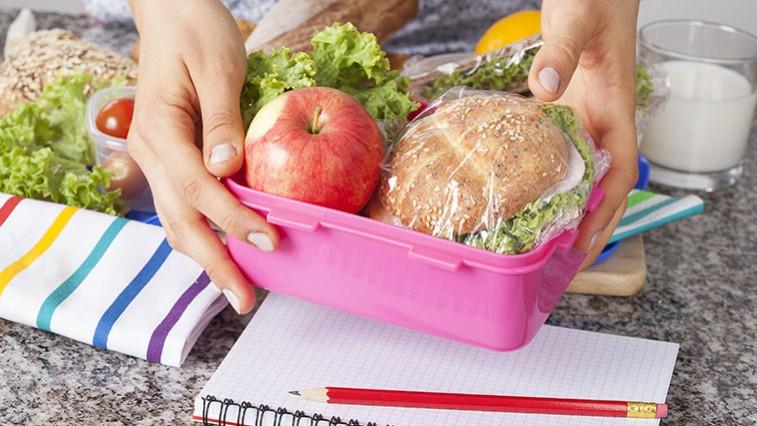 Készítsen gyermekeinek egészséges tízórait az iskolába!