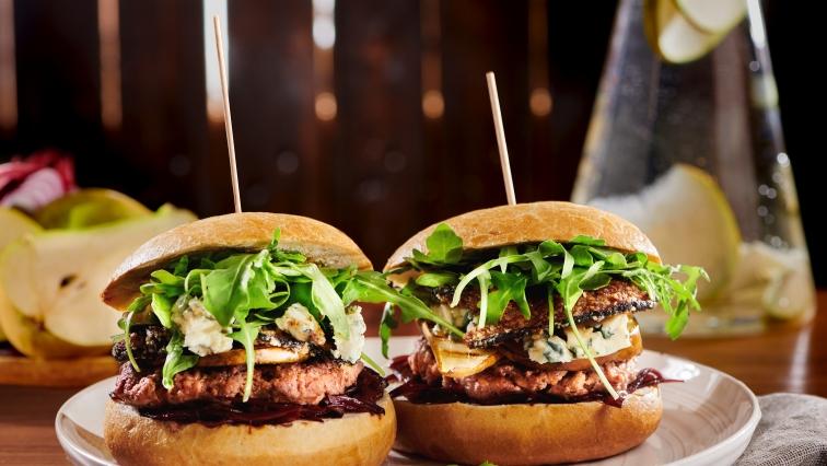 Körtés hamburger kéksajttal